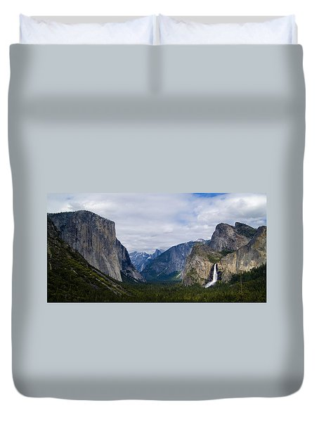 Yosemite Valley Panoramic Duvet Cover by Bill Gallagher