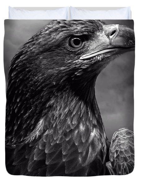 Young Bald Eagle V4 Duvet Cover by F Leblanc