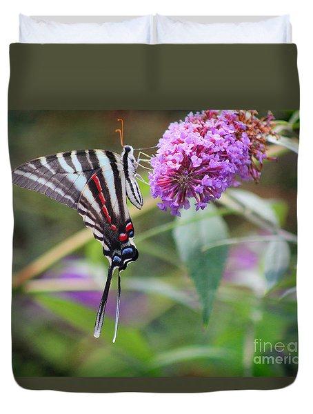 Zebra Swallowtail Butterfly On Butterfly Bush  Duvet Cover