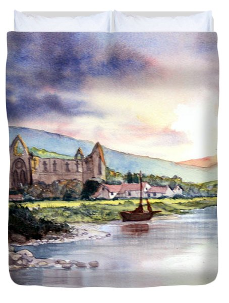 Late Evening At Tintern Abbey Duvet Cover