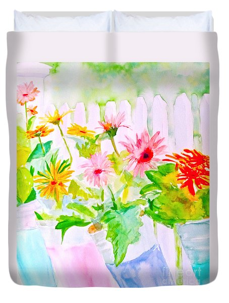 Duvet Cover featuring the painting Daisy Daisy by Beth Saffer