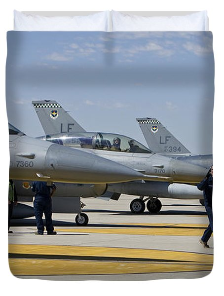 F-16 Pilots Work With Crew Chiefs Duvet Cover by HIGH-G Productions