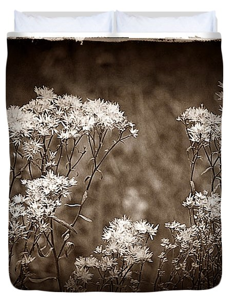 Going To Seed Duvet Cover by Judi Bagwell