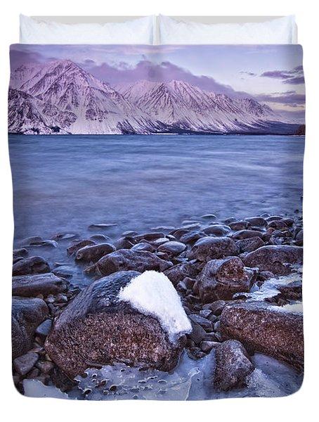 Kathleen Lake At Sunrise, Kluane Duvet Cover by Robert Postma