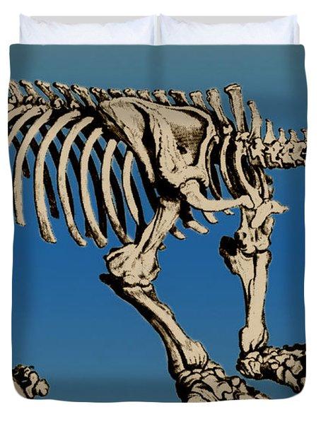 Megatherium Extinct Ground Sloth Duvet Cover by Science Source