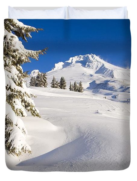 Mount Hood, Oregon, United States Of Duvet Cover by Craig Tuttle