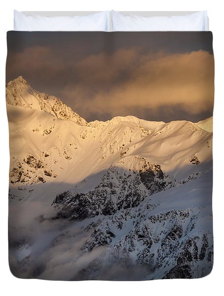 Mount Rolleston At Dawn Arthurs Pass Np Duvet Cover by Colin Monteath