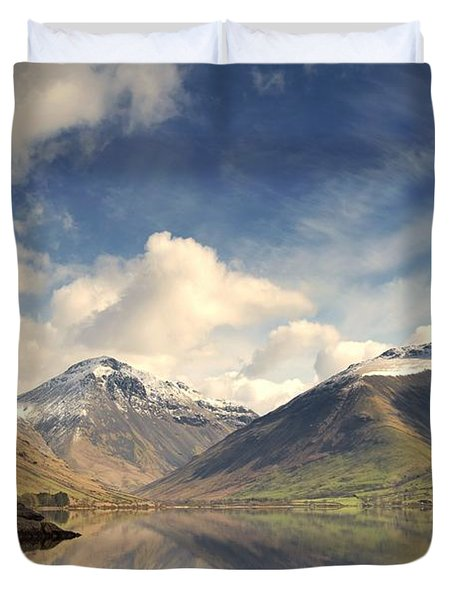 Mountains And Lake At Lake District Duvet Cover by John Short