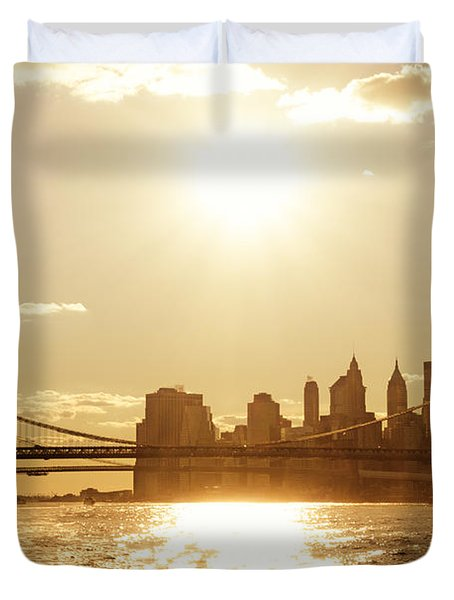 New York City Sunset Duvet Cover by Vivienne Gucwa