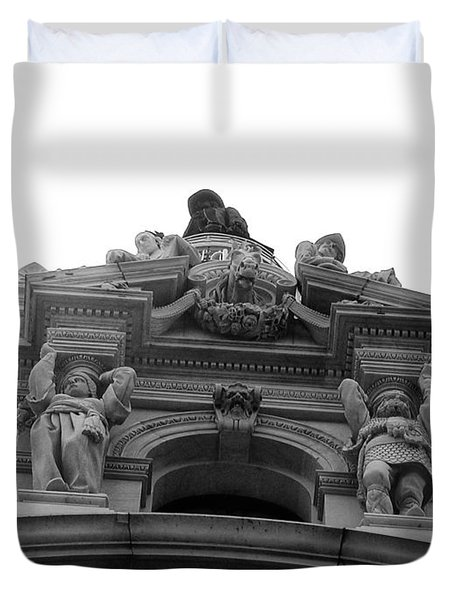 Philadelphia City Hall Looking Up Duvet Cover by Bill Cannon