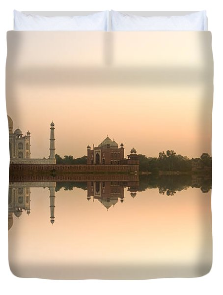Duvet Cover featuring the photograph Taj Mahal  by Luciano Mortula