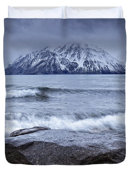 The Shoreline Of Kathleen Lake In Late Duvet Cover by Robert Postma