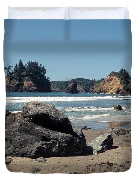 Duvet Cover featuring the photograph Trinidad Beach by Sharon Elliott