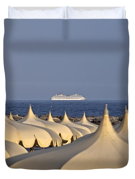 Umbrellas In The Sun Duvet Cover by Joana Kruse