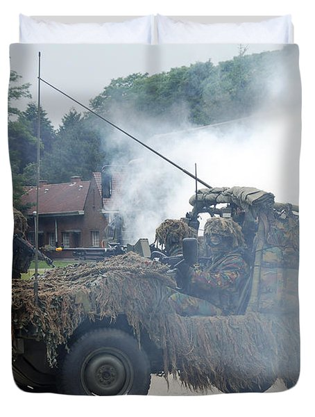 A Recce Or Scout Team Of The Belgian Duvet Cover by Luc De Jaeger