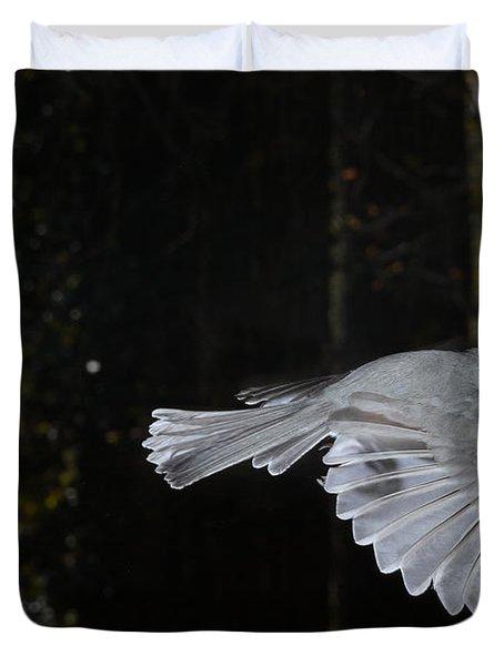 Tufted Titmouse In Flight Duvet Cover