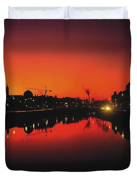 River Liffey, Dublin, Co Dublin, Ireland Duvet Cover by The Irish Image Collection