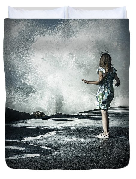 The Wave Duvet Cover by Joana Kruse