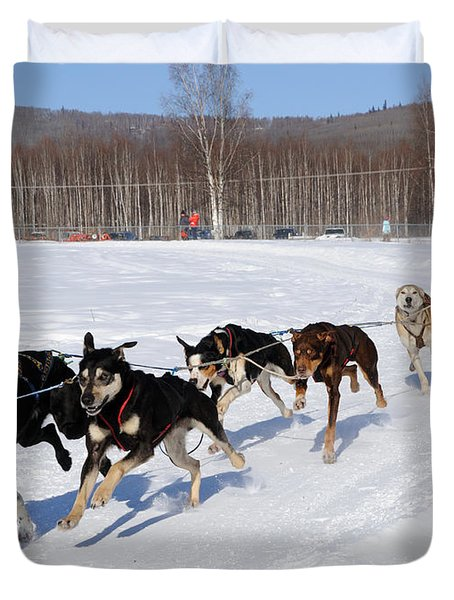 2010 Limited North American Sled Dog Race Duvet Cover by Gary Whitton