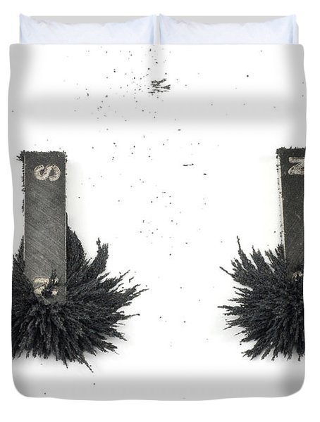 Magnetism Duvet Cover by Photo Researchers, Inc.