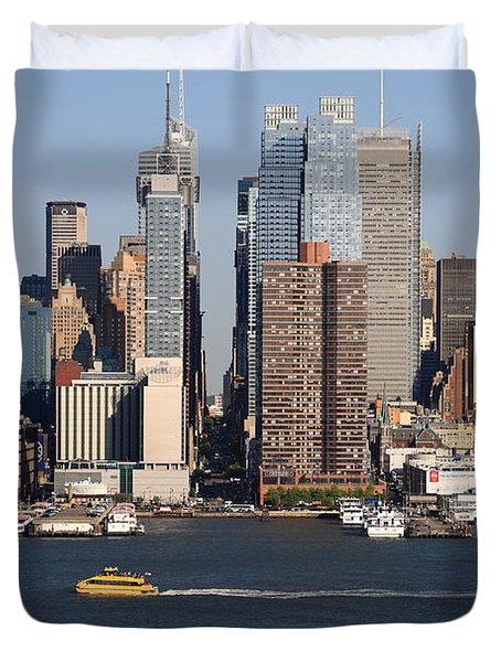 New York City Skyline Duvet Cover by Frank Romeo