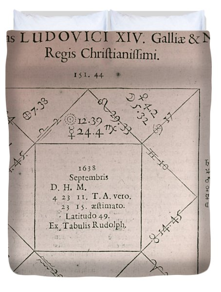 Horoscope Chart For Louis Xiv, 1661 Duvet Cover by Science Source