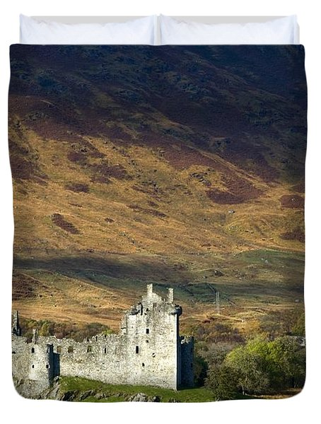 Kilchurn Castle, Scotland Duvet Cover