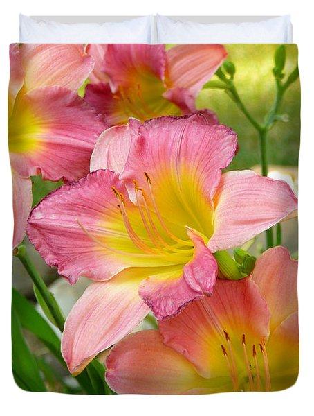 3 Lillies Duvet Cover