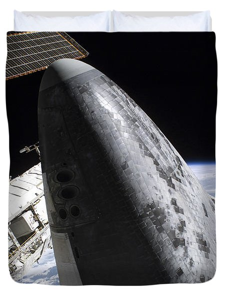 Space Shuttle Discovery Docked Duvet Cover by Stocktrek Images