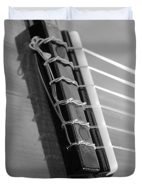 6 String Bw Duvet Cover