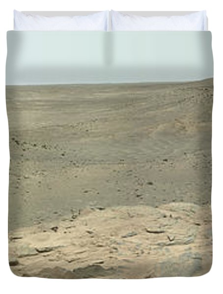 Panoramic View Of Mars Duvet Cover by Stocktrek Images