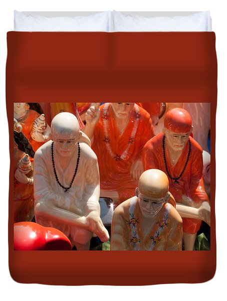 A Number Of Statues Of The Shirdi Sai Baba For Sale At Surajkund Mela Duvet Cover by Ashish Agarwal