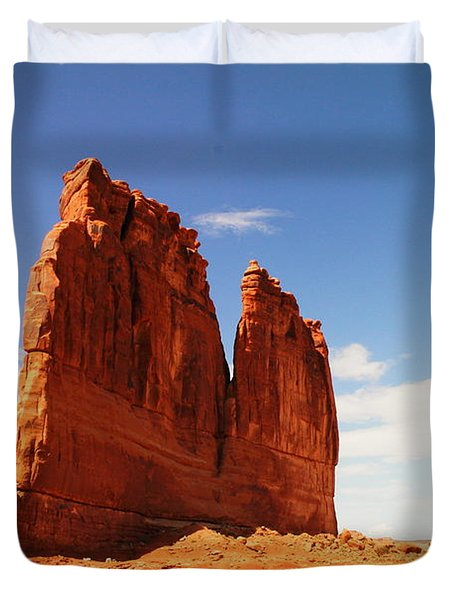 A Rock At Arches Duvet Cover by Jeff Swan