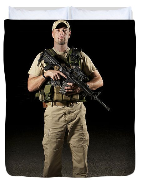 A U.s. Police Officer Contractor Duvet Cover by Terry Moore