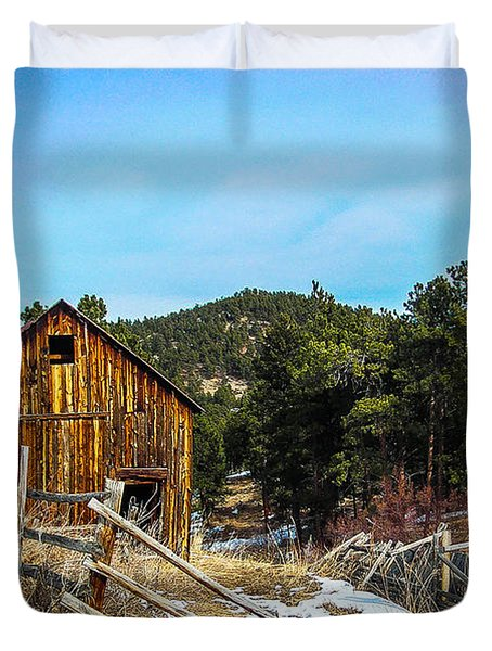 Abandoned Barn Duvet Cover by Shannon Harrington