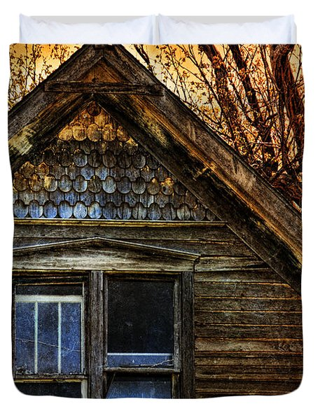 Abandoned Old House Duvet Cover by Jill Battaglia