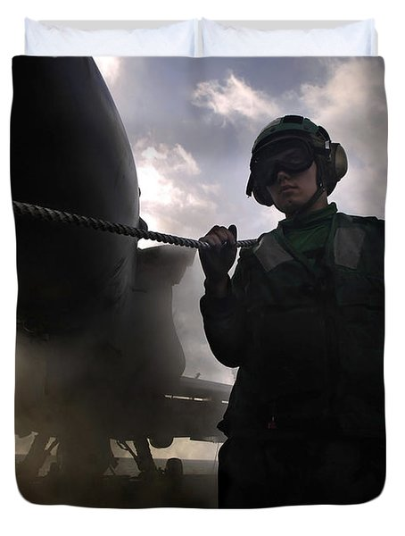 Airman Holds Up The Safety Shot Line Duvet Cover by Stocktrek Images