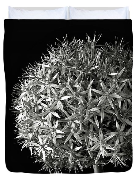 Allium In Black And White Duvet Cover by Endre Balogh