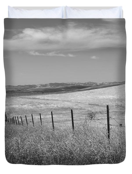 Duvet Cover featuring the photograph Along The Line by Kathleen Grace