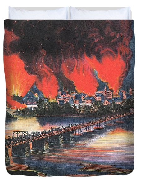 American Civil War Fall Of Richmond Duvet Cover by Photo Researchers
