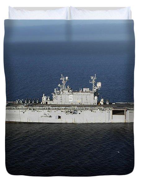 Amphibious Assault Ship Uss Peleliu Duvet Cover by Stocktrek Images