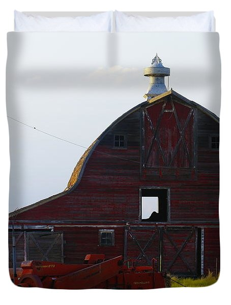 an old barn and bailor in Eastern Montana Duvet Cover by Jeff Swan