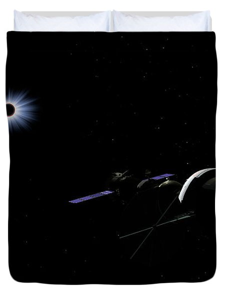 An Orion Class Crew Exploration Vehicle Duvet Cover by Walter Myers