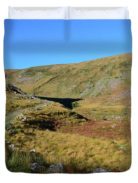 Annascaul Lake And Mountains Duvet Cover
