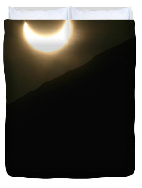 Duvet Cover featuring the photograph Annular Solar Eclipse At Sunset Number 1 by Lon Casler Bixby