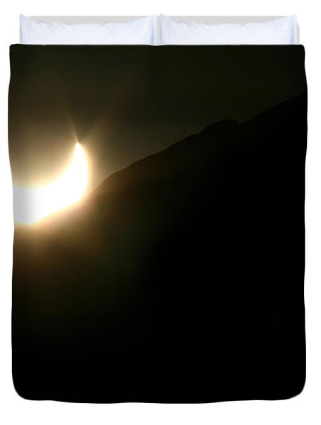 Duvet Cover featuring the photograph Annular Solar Eclipse At Sunset Number 2 by Lon Casler Bixby