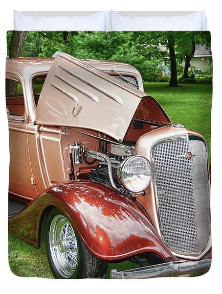 Antique Chevy  7757 Duvet Cover by Guy Whiteley