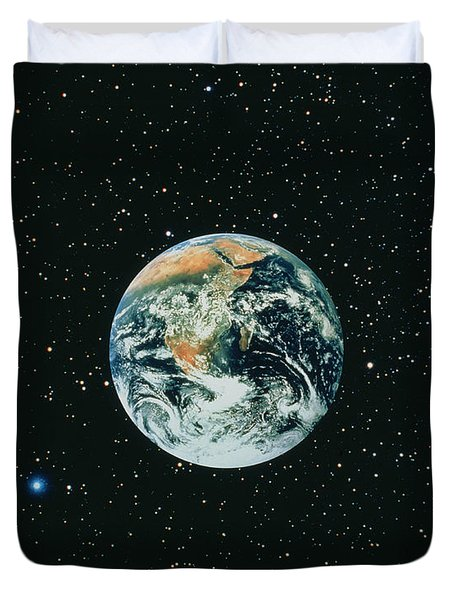 Apollo 17 View Of Earth With Starfield Duvet Cover by NASA / Science Source