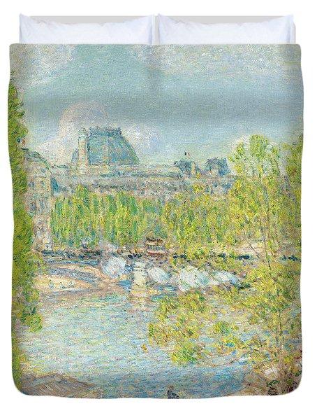 April On The Quai Voltaire In Paris Duvet Cover by Childe Hassam