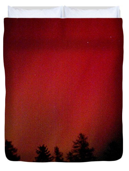Duvet Cover featuring the photograph Aurora 01 by Brent L Ander
